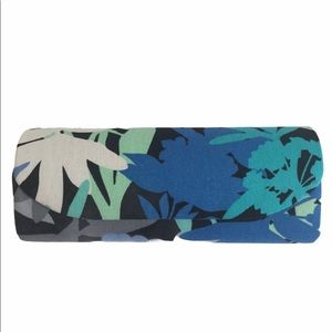 "Vera Bradley ""Camofloral"" eye glass case"